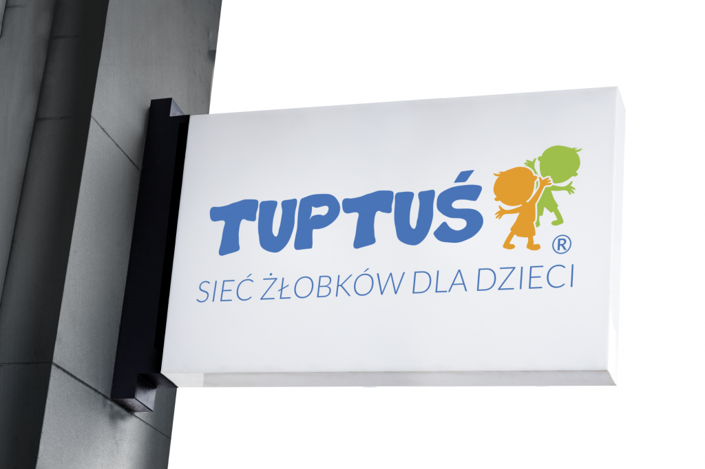 tuptus logo mockup